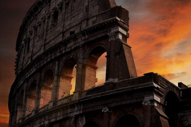 coliseo romano vivir en roma
