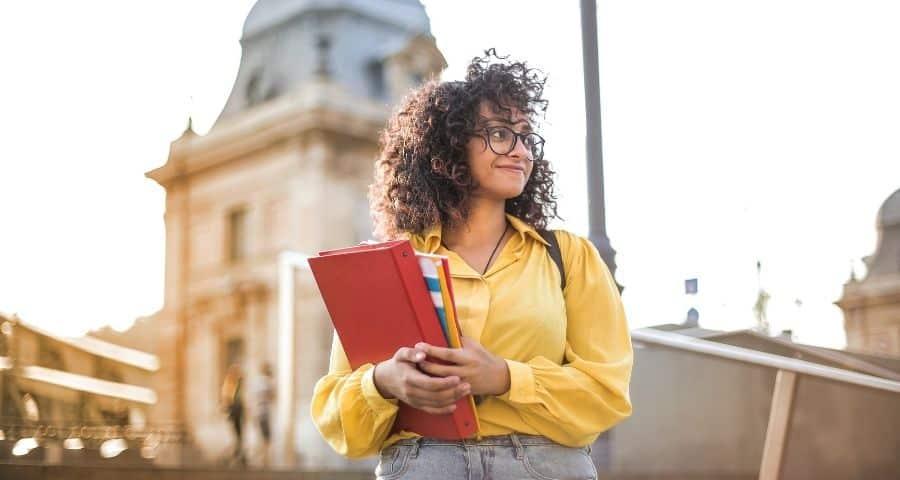 Aprende a solicitar visa de estudiante en Italia
