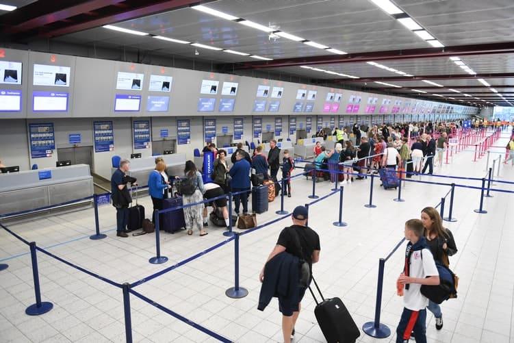 ¿Qué preguntas hacen en el aeropuerto para entrar a Europa?