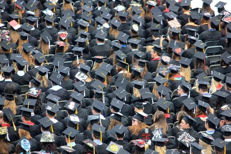 Proceso para revalidar titulos universitarios en Italia (2021)