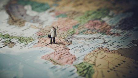 ¿Puedo vivir en otro país de Europa con ciudadanía italiana?